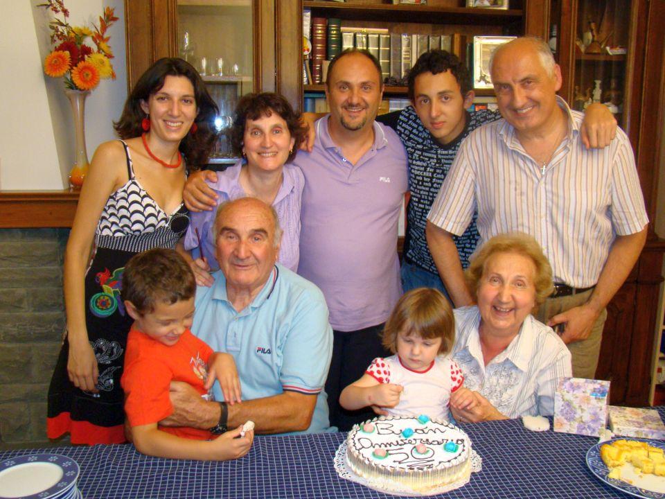 2009-7-1  Anniversario nonni